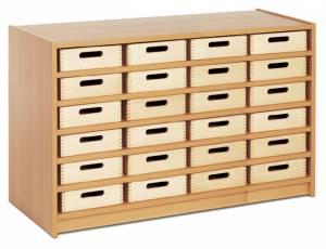 Eigentumsschrank mit 24 Materialkästen
