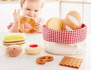 Kinderküche - Hape Brotkörbchen   9 Teile